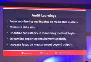 Slide de la presentación de Jennifer Bruce's (Adobe) en AMEC Global Summit en Praga