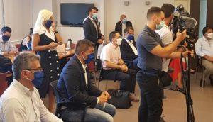 Μέλη του μέλη του Cluster Τεχνητής Νοημοσύνης σε συνάντηση με τον Πρωθυπουργό στη Τεχνόπολη